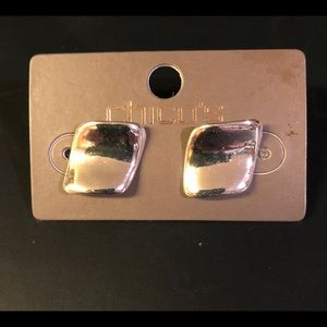 Cute Chico's post earrings , small and classic.NWT